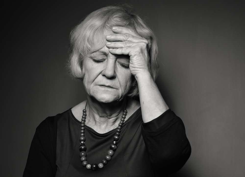 Anxiety, heart attack symptoms in women, signs of heart attack in women, heart attack in women.